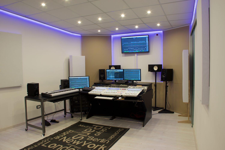 Maxy Sound Studio di registrazione verona, recording studio verona, sala incisione verona